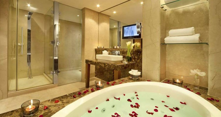 interior-designing-for-bathoorm-of-hotel-in-gurgaon-delhi