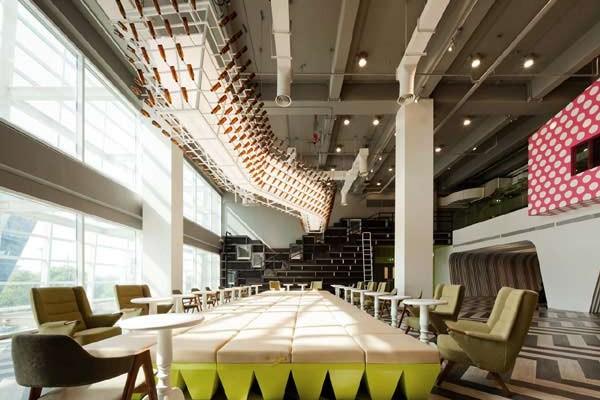 interior-designing-for-university-school-college-lounge-gurgaon-interiors