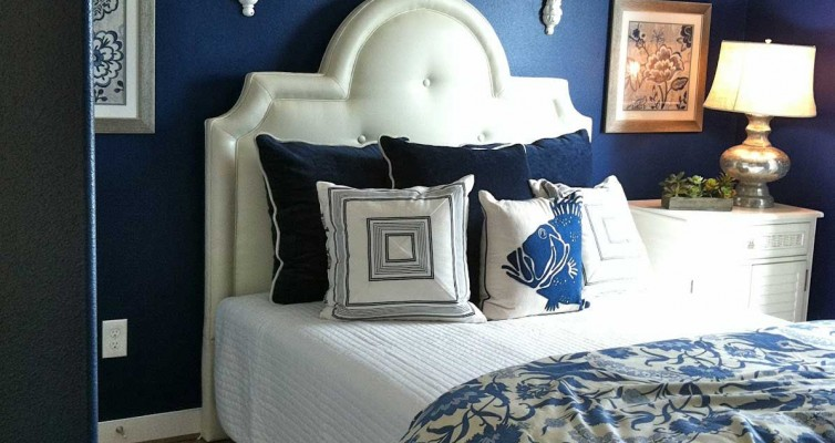 antique-dark-blue-bedroom-gurgaon-inteirors-decorators-civil-contractors-delhi-india